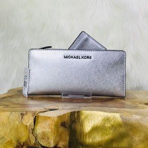 Michael Kors Card Case Carryall Wallet